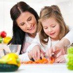 Lav mad med dine børn i køkkenet