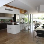Få pudset dine vinduer i køkkenet